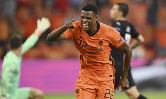 Dumfries tiếp tục là người hùng mang về chiến thắng cho Hà Lan tại Euro 2021. Ảnh: Reuters
