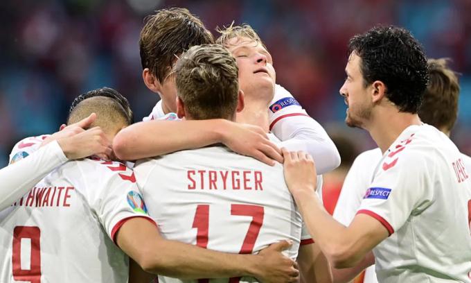 Dolberg là cựu tiền đạo Ajax, và anh đã toả sáng trên sân Johan Cruyff. Ảnh: UEFA