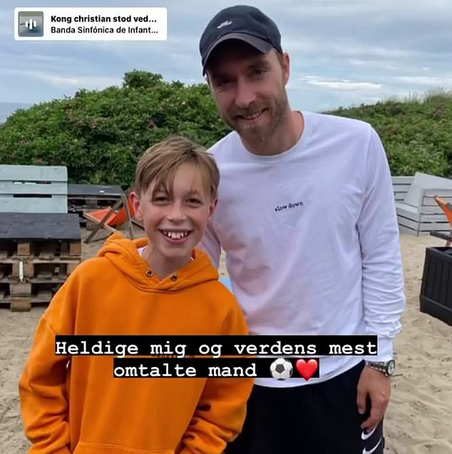 Bindzus khoe bức ảnh chụp cùng Eriksen trên Instagram.