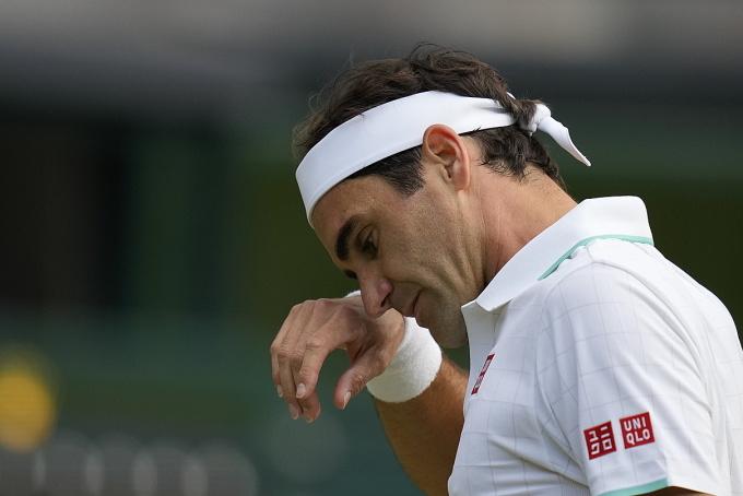 Lần gần nhất Federer thua sau ba set ở Wimbledon là trước Mario Ancic năm 2002. Ảnh: AP