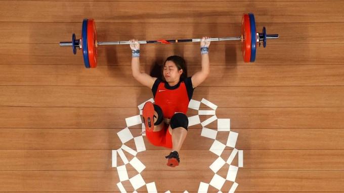 Thất bại của Hoàng Thị Duyên ở cử tạ 59kg nữ khiến cơ hội Việt Nam đoạt huy chương Olympic 2020 giảm đáng kể. Ảnh: Reuters