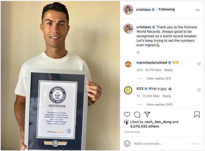 Ronaldo đăng lên Instagram Kỷ lục Thế giới Guinness thứ 10 của anh. Giấy chứng nhận ghi: Cầu thủ nam ghi nhiều bàn nhất ở bóng đá quốc tế, cho Bồ Đào Nha giai đoạn 2003-2021. Ảnh: chụp màn hình