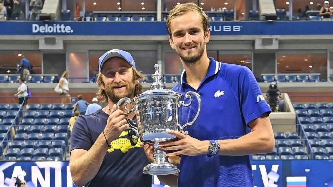 Cervara giúp Medvedev đoạt Grand Slam đầu tiên sau ba lần vào chung kết. Ảnh: US Open