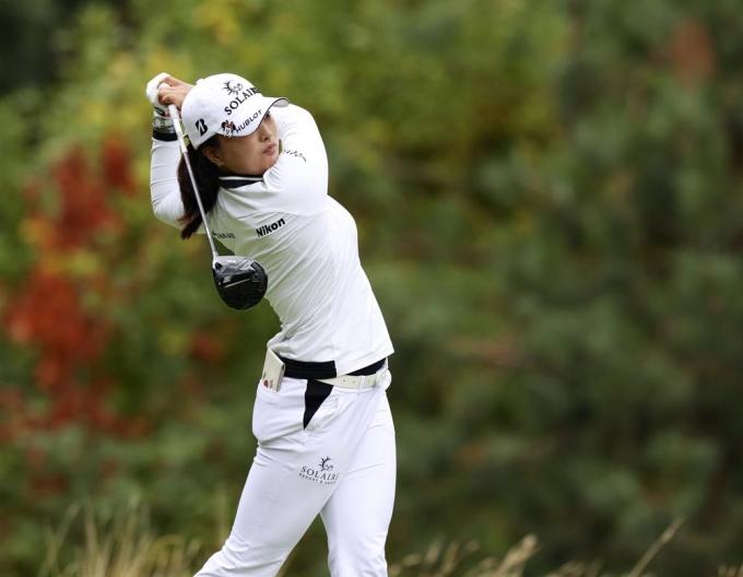 Ko Jin Young vô địch ở điểm -11, sau 54 hố trên sân Oregon Golf Club, par72 hôm 19/9. Ảnh: AP
