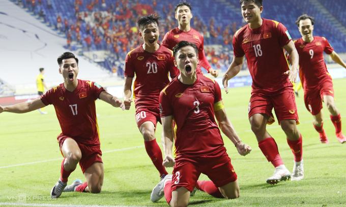 Lần gần nhất gặp đối thủ Đông Nam Á, Việt Nam thắng 2-1 trước Malaysia ở lượt trận áp chót vòng loại thứ hai World Cup 2022 khu vực AFC, tại Dubai, UAE. Ảnh: Lâm Thoả