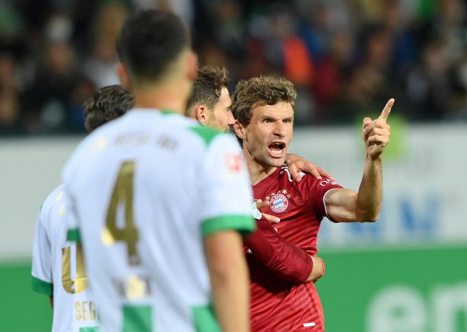 Muller mừng bàn mở tỷ số cho Bayern trên sân Furth hôm 24/9. Ảnh: Twitter / Bayern